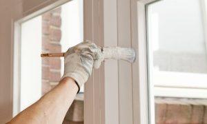 Guida pratica per verniciare infissi in legno - Verniciare le finestre ...