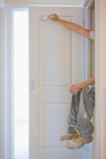 Come verniciare porte la guida chiara per fare da soli pronto roma - Come verniciare porte interne ...